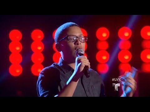 El concursante mexicano demuestra su talento cantando el famoso tema del cantante José José en las audiciones a ciegas.