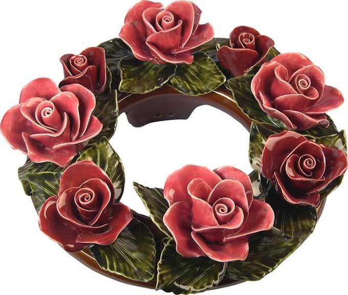 De handgemaakte bloemen van Keramiek voor buiten kunnen decennialang het weer, de wind en de vorst doorstaan. Een uniek Frans product.