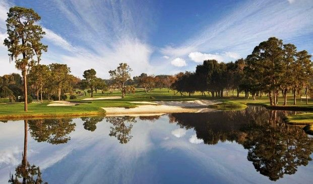 Best Golf Course in Orlando Florida   Orlando is one of the top golfing destinations in the world. Whether it's the sunshine, the naturally beautiful courses or simply the huge choice, Orlando is the place to go.