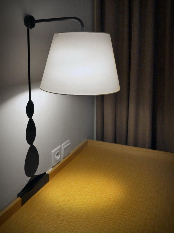 artotel surabaya - table lamp
