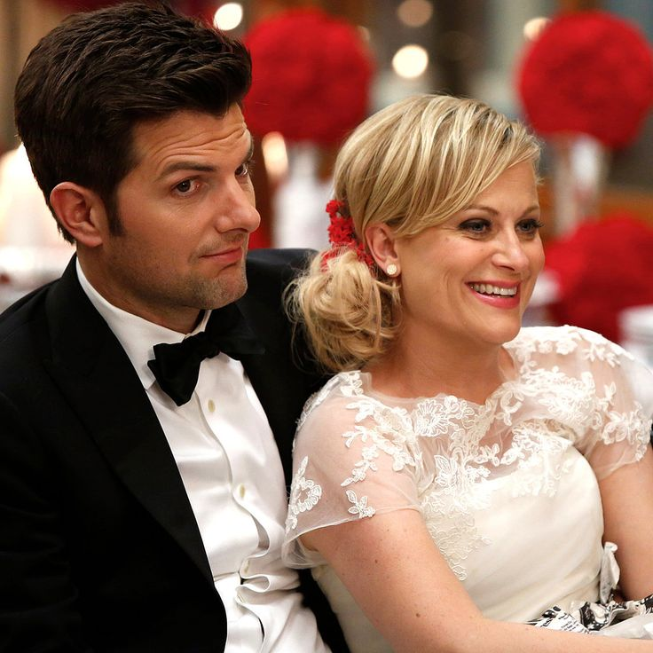 17 Leslie Knope-isms For Your Love Life: Uteruses before duderuses. We've gleaned a plethora of lessons from Amy Poehler's spitfire Leslie Knope from Parks and Recreation.