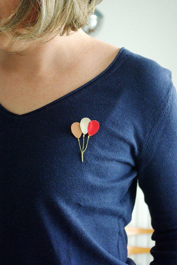 Broche bouquet de ballons en cuir rose or bijou par Lindiscrete