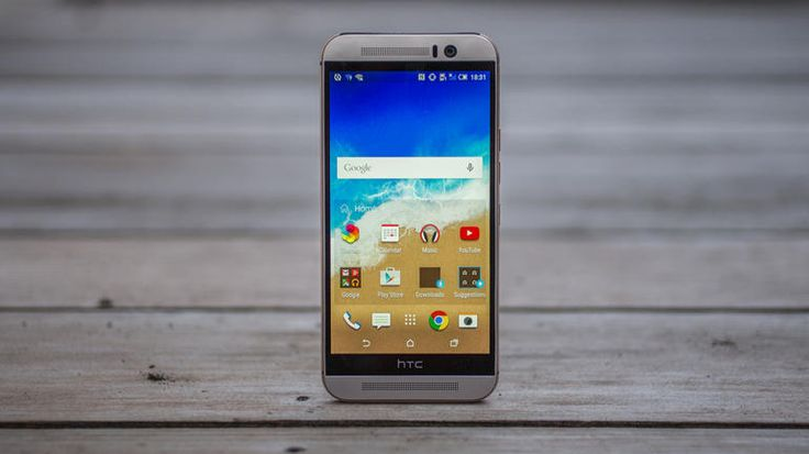 Replacing HTC's beautiful One M8, such a highly regarded phone is no easy task, but by sticking to the luxurious all-metal design and making a few key spec tweaks, HTC is hoping it has sufficiently armed its new flagship, the One M9.