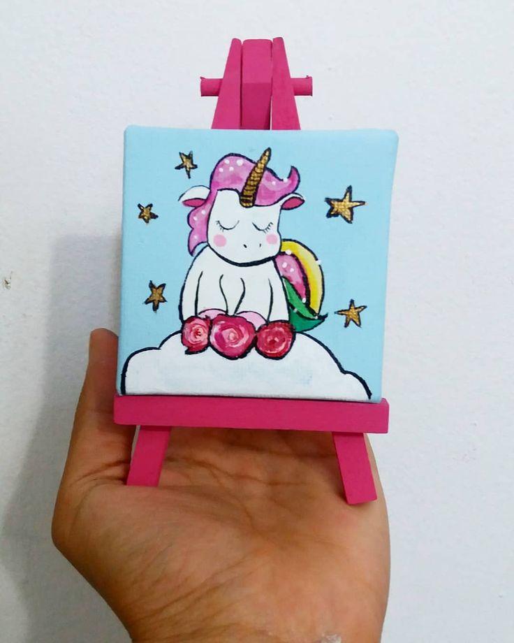 La pequeña bliss artist de la casa no se quería quedar por fuera y pidió uno de unicornio!  . . . . . . . . . . .  #blissart #bliss #art #flowers #message #love #pink #summer #happy #gift #paint #handmade #handcraft #handcrafted #artwork #artist #summer #nature #like #craft #good #day #insta #instaartist #sunset #white #hands #hand #blue
