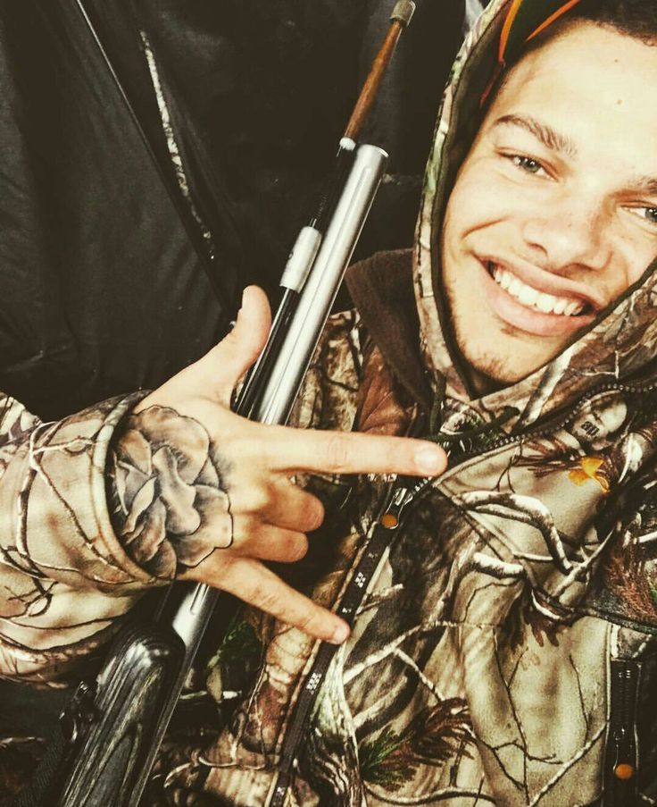 """Kane Brown Instagram Post 12-13-16 """"Let's just say it wasn't warm out there today."""""""