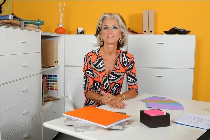 RISTRUTTURA IL BAGNO CON PAOLA MARELLA http://www.campioniomaggio.it/neutromed-ti-regala-la-ristrutturazione-del-bagno/