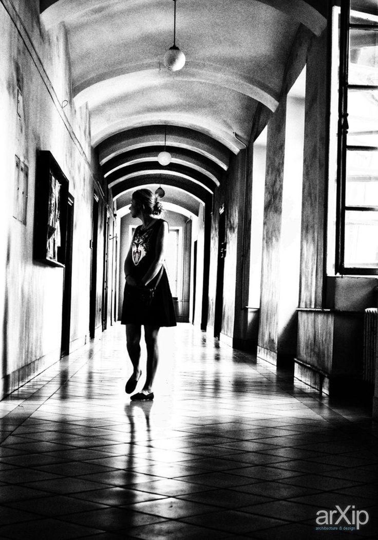 Фото Исследуя своё одиночество. - фотография, чёрно-белая фотография, жанровая фотография