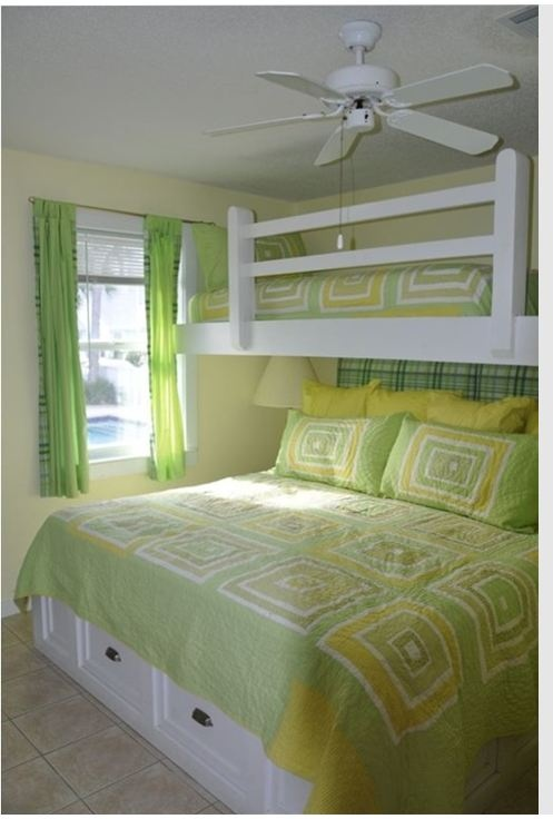 Small bedroom-great use of space-perfect for cabin or beahc hous