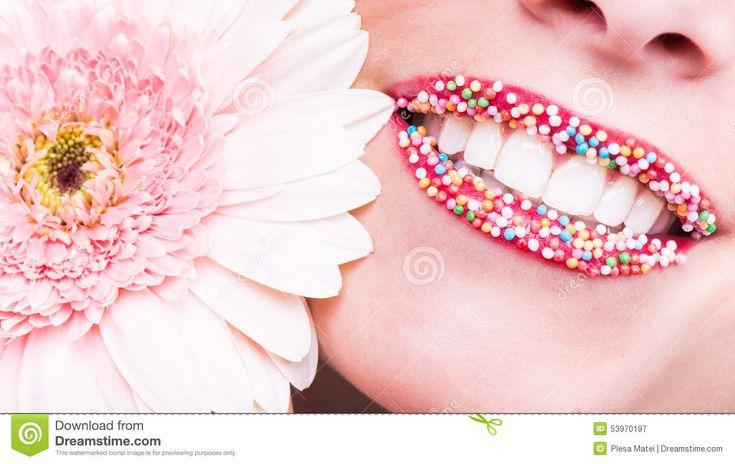 Sorriso Felice, Denti Bianchi Sani, Risata Fotografia Stock - Immagine: 53970197
