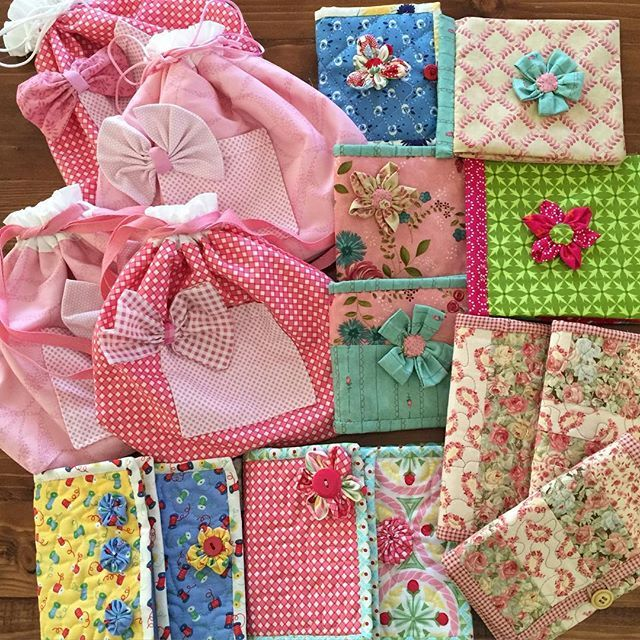 Just finishing up a couple of needle cases and card holders for this weekends Mothers Day Market #megellesstudio #ilovesewing #ilovefabric