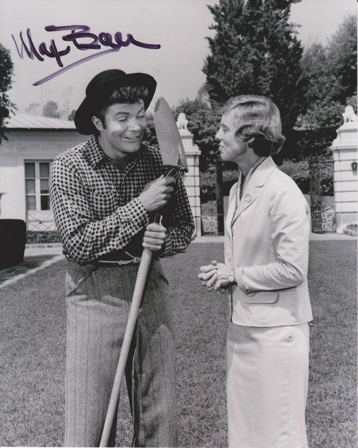 Max Baer Jr Signed 8x10 Photo - The Beverly Hillbillies - RARE!!! #2