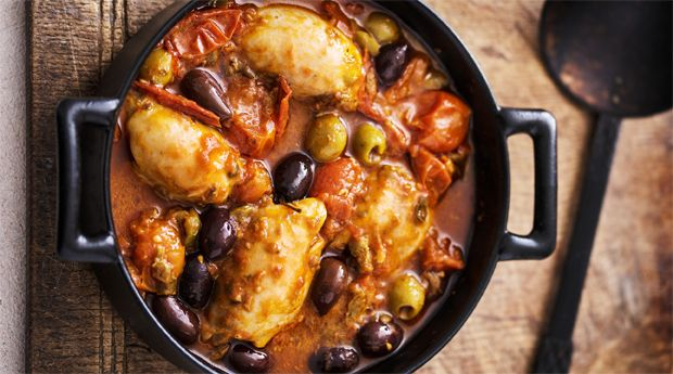 The Fast Diet Recipe Book: Sarah Raven's Chicken Puttanesca