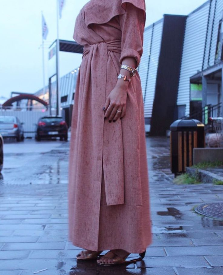 IG: WA.Dubai || IG: BeautiifulinBlack || Modern Abaya Fashion ||