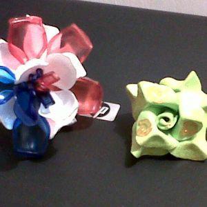 Manualidad goma eva y plastico flowers