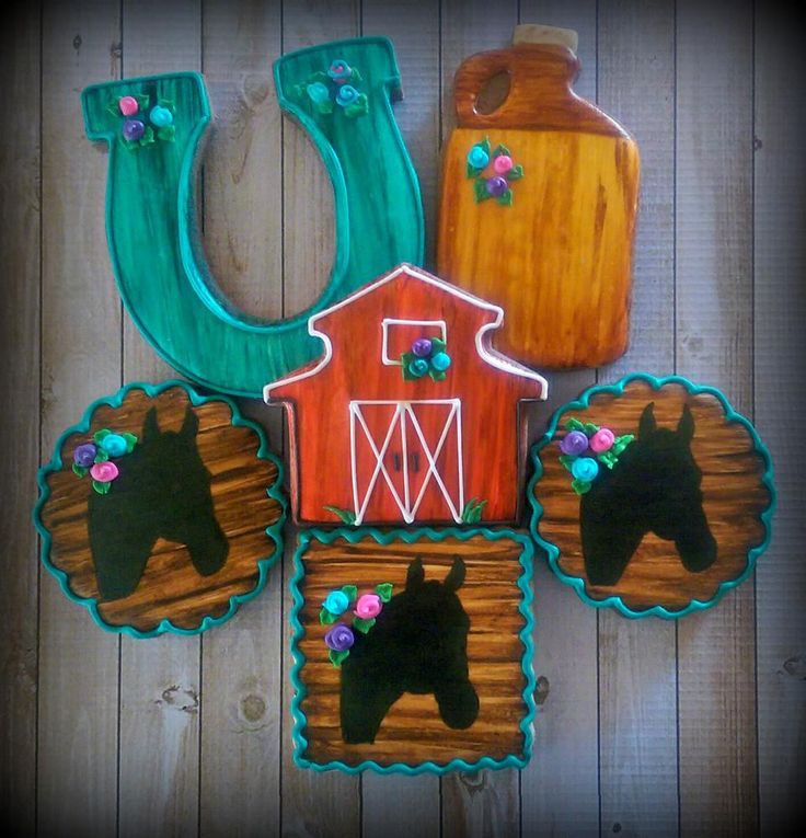 Western Horse Barn Decorated Cookies | Cookie Connection