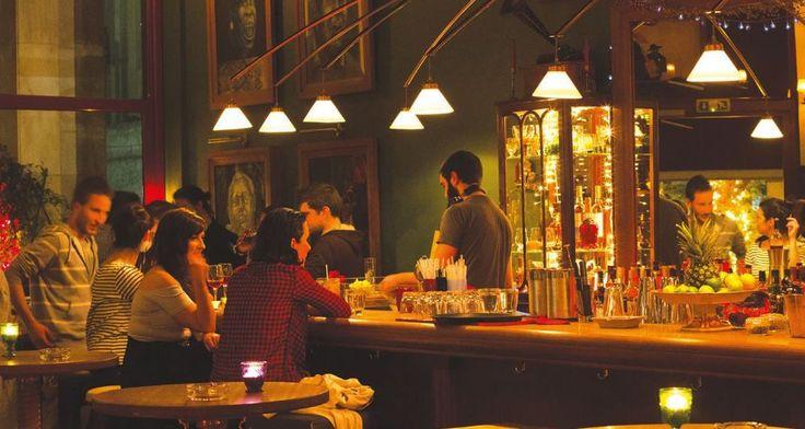 8 μικρά, κρυφά μπαρ στην Αθήνα για να ακούσεις τζαζ- Μεθυστική ατμόσφαιρα, γευστικά ποτά