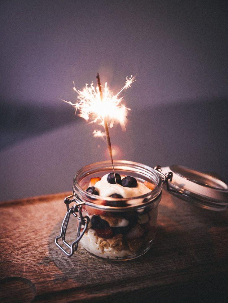 Nyårsdessert på 5 minuter och en önskan om ett gott nytt år!