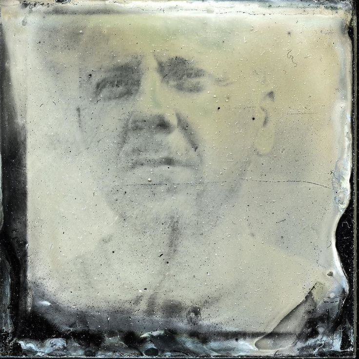 Work of my student - an overexposed #ambrotype I will try to make a contact print #wetplate #Hasselblad #kolodium #collodion #jankratochvil