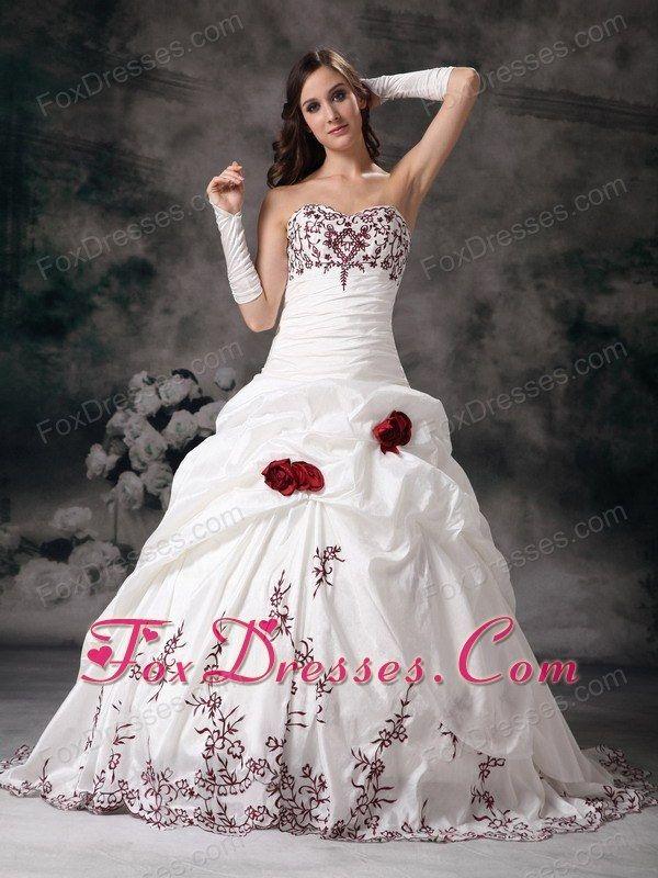 Ball Gown Sweetheart Embroidery Wedding Dress Taffeta Train