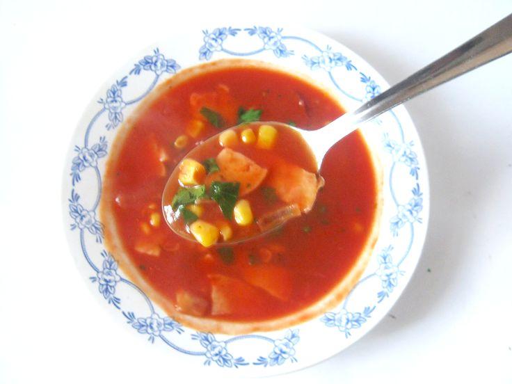LaLa Latkes: Быстрый суп из томатного сока с кукурузой и копченостями