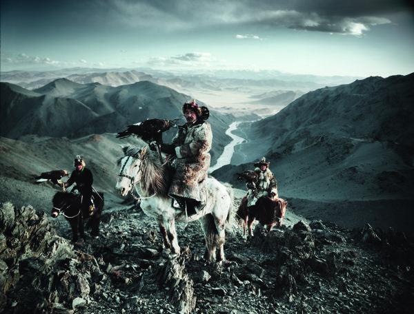Las últimas tribus intentan sobrevivir en un mundo globalizado - Yahoo Noticias España