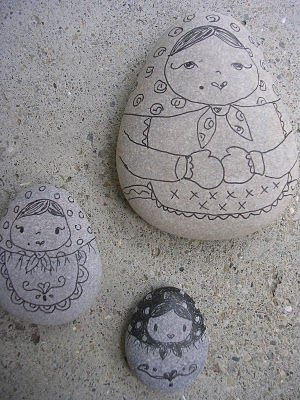 Two of my likes in one: Matryoshkas and painted rocks
