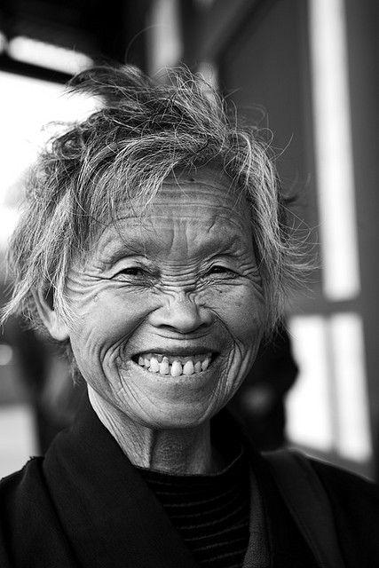.: Old Age, China People, Age Beautiful, Beautiful Smile, China Woman, Beautiful Faces, Beautifulphotographi Image, Chine Beautiful, China Happy