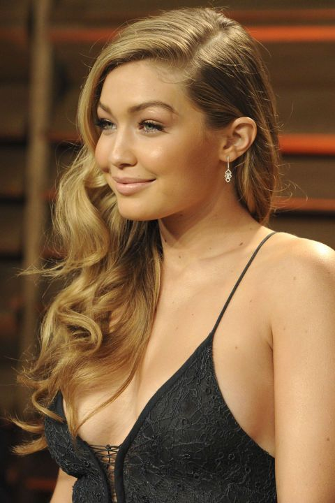 The Vanity Fair OscarParty called for Old Hollywood hair in 2014.