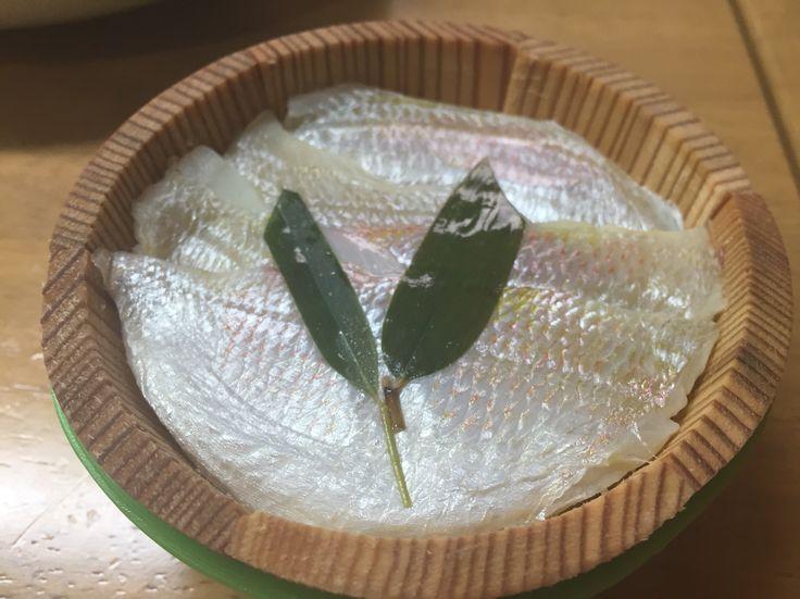 小鯛の笹漬け( ̄(エ) ̄)v