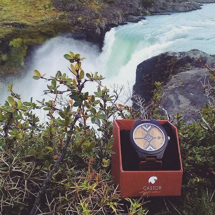 Castor Newen desde el parque nacional Torres del Paine!  Gentileza de Claudio Mancilla. Conoce nuestra colección en www.castor-watches.com  envío gratis a todo #chile ! #castorwatches #castornewen #reloj #relojes #watch #watches #torresdelpaine #relojdemadera #woodenwatches #mapuche #etnico #ethnic