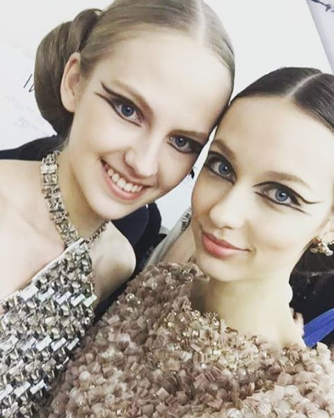 Before @chanelofficial show #backstage #polishgirls