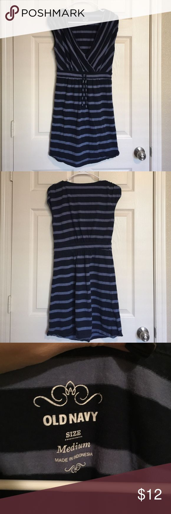 Old Navy striped dress Dark and light blue striped dress from Old Navy. Tie around the waist to become more form fitting. Old Navy Dresses Mini