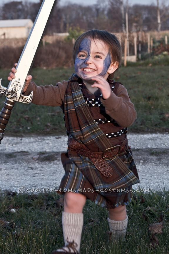 Just a Boy and His Broadsword: Transforming a Toddler into William Wallace (aka Braveheart)... This website is the Pinterest of costumes