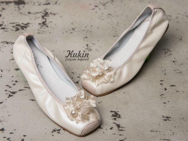 zapatos-comunion-niña zapatos-ceremonia-niña comunion - calzado infantil - moda niña - zapateria infantil online - bailarinas ceremonia niña - zapatos niña - moda infantil - kukin calzado infantil - ballet - beige - zapatos comunion