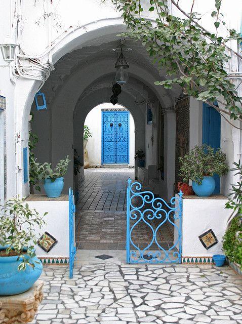 TunisiaThe Doors, Gardens Walkways, Bathroom Colors, Blue Doors, Wrought Iron Gates, Arches, Tunisia, Blue Gates, Places