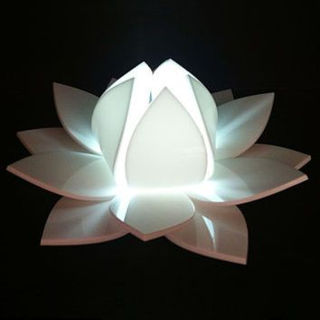 Lotus Flower Colour Changing LED With Sensor - InStores