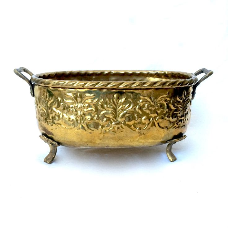 Solid brass Ornate Oval Footed Planter / Floral Brass planter with Handles / Made in India by EllasAtticVintage on Etsy