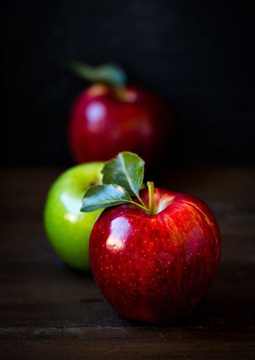 manzanas rojas y verde