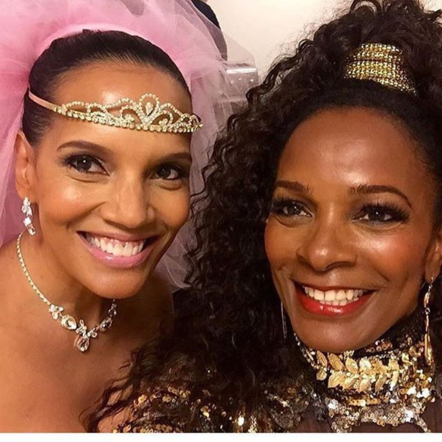 Wow. It's like time stood still for these 2!! Shari Headley who portrayed Lisa McDowell and Vanessa Bell Calloway who portrayed Princess Imani in 'Coming To America' look exactly the same as when the film came out almost 30 years ago!