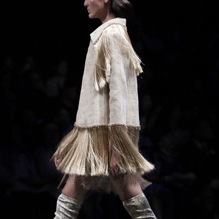 HIAN TJEN Couture 2017 - 2018 #hiantjencouture #hiantjen #hiantjenmagellani