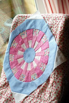 ! Sew we quilt: Beyond the Dresden Plate