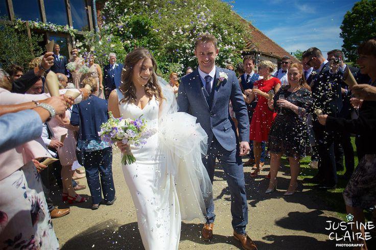 Grittenham barn photographers 2970.jpg #grittenhambarn #grittenham #barnwedding #barn #eveninglight #weddingphotography #sussexbarn