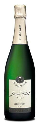 www.wijnkraam.nl - Sélection Brut. Een champagne, licht goud gekleurd met groene en zilveren tinten en met fijne bubbels. Aroma's van wit fruit: appel, peer en perzik. In de mond rijp, fris en met een soepele aangename lange afdronk.