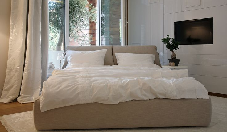MOYA bedroom :: THE THE bed