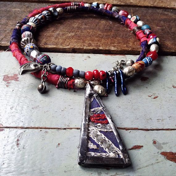 Bohemian gypsy wrap necklace with soldered glass focal, sari silk, coral, Afrikan beads and seed pearls from Quisnam