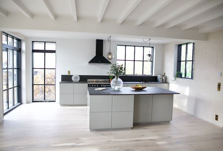 Fabulous kitchen from Swedish designer and influencer Valerie Aflalos new house - we love the cooker and the matching hood!