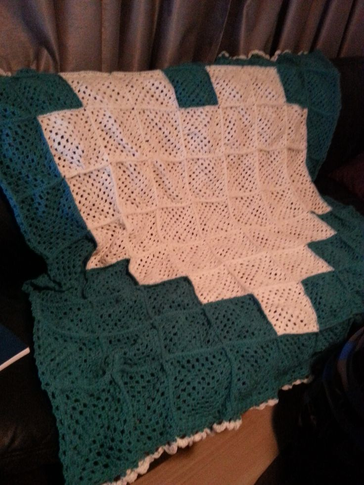 8-bit heart crochet