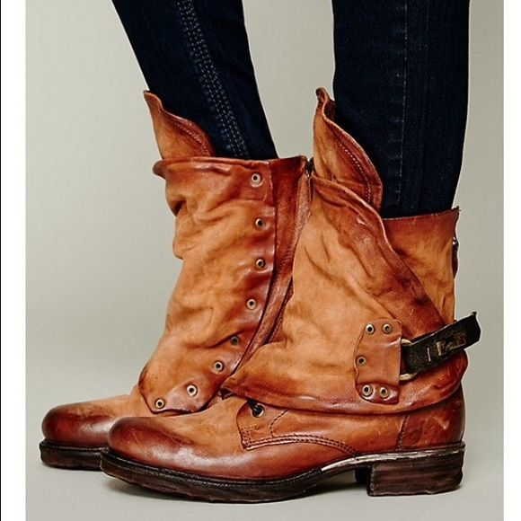 ISO Emerson Ankle Boot Free People A.S. 98 9 39 Looking for these Free People Emerson ankle boots for $100-$125. A used pair would be perfect in any color, size 9/39!!!✌️ Free People Shoes Ankle Boots & Booties