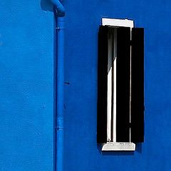 Il cielo in una stanza (salvatore tardino) Tags: blue light muro window finestra taglio parete colori luce burano celeste composizione minimalista pittura pastello prospetto