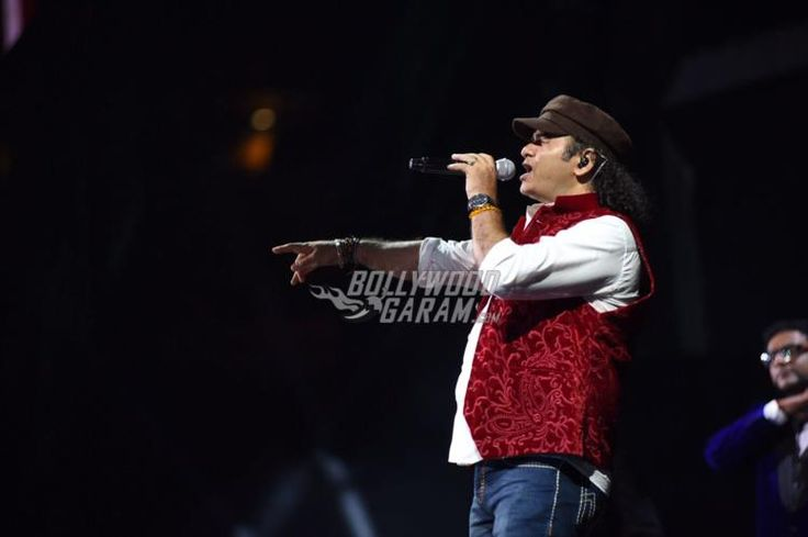 Mohit Chauhan performs at IIFA Rocks event IIFA 2017 event